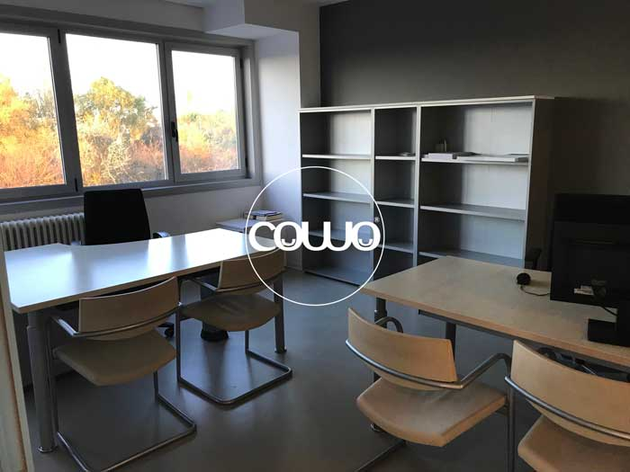 Coworking-Cervia-Ravenna-Scrivanie